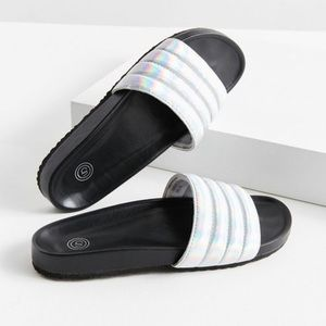 UO Chrome Quilted Pool Slide